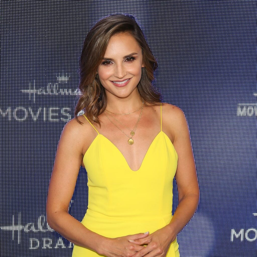 who is Rachael Leigh Cook