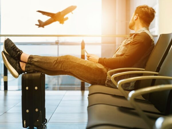 Air Travel 101: How To Survive That Long Airport Layover